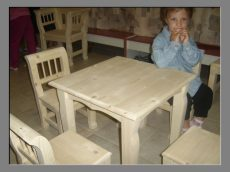 Gyermekasztal 50*50*55
