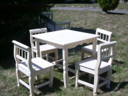 Asztal (fenyő)